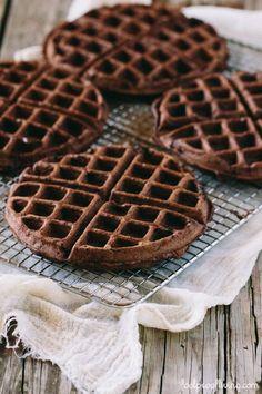 Dark Chocolate Waffles: Easy and delicious #waffles #chocolatewaffle #breakfat