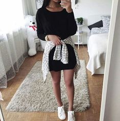 Spring Outfits ideas for summer fashion 2019 College Outfits, Outfits For Teens, Trendy Outfits, Black Outfits, Fall Winter Outfits, Spring Outfits, Robes Glamour, Teen Fashion, Fashion Outfits