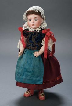 antique dolls folklore costumes - Buscar con Google