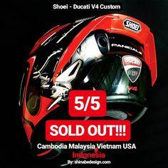 Image may contain: text Agv Helmets, Ducati Hypermotard, Helmet Design, Vietnam, Honda, Men's Fashion, Construction, Touch, Image