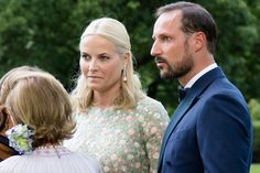 Crown Prince Haakon and Crown Princess Mette-Marit arrive for a dinner celebrating Queen Sonja's 80th birthday at Bygdø Kongsgård on 4 July 2017.
