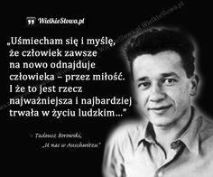 Uśmiecham się i myślę, że człowiek zawsze na nowo... - WielkieSłowa.pl