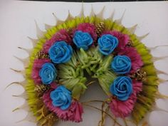artificial flower making - Google Search Hair Garland, Flower Braids, Braided Buns, Hair Decorations, Bridal Flowers, Flower Making, Garlands, Artificial Flowers, Floral Wedding