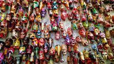 Máscaras en el Mercado Nim Pot, Antigua Guatemala
