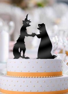 Robin Hood and Maid Marian wedding cake topperI am