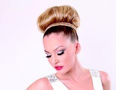 Hair: Lizzie Liros, Makeup: Melissa Sassine, Photography: Jessica Abraham #upstyle #braid #wedding