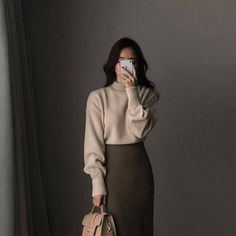 Asian-style-Inspo - Winter Outfits for Work Classy Outfits, Fall Outfits, Casual Outfits, Vintage Outfits, Cute Outfits, Long Skirt Outfits, Grunge Outfits, Work Outfits, Modest Fashion