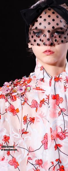 MARIABONITA♡ — Giambattista Valli Spring-2015 Couture Collection...