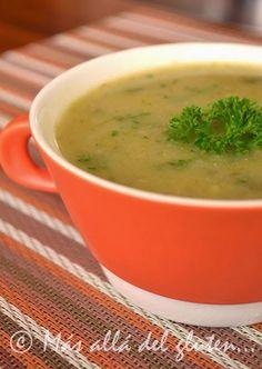 Libre de gluten  Libre de lácteos  Libre de azúcar   Permitido en la Dieta GFCFSF   Receta Vegana   En casa nos gustan las sopas y cre...
