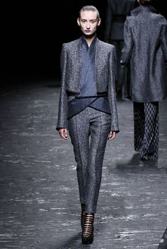 Haider Ackermann Spring 2013 Ready-to-Wear Fashion Show - Alex Yuryeva (SILENT)