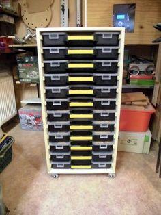 Rollcontainer für 12x Sortimentboxen (eventuell später...