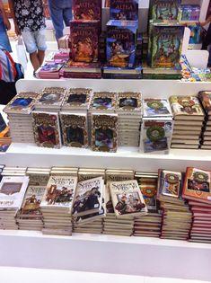 Sherlock, Magic Book, Ale, Books, Bees, Livros, Ale Beer, Book, Libros