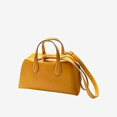 Put a skip in your step with this gorgeous, stylish bag in seasonal sunny yellow! Accommodates a laptop, sports gear, etc. Removable zipper pull doubles as a trendy band bracelet! Comes with removable shoulder strap if you'd ever like to change straps. Oriflame Beauty Products, Oriflame Cosmetics, Shopping Spree, Shopping Bag, Girls Accessories, Fashion Accessories, Bowling Bags, Estilo Boho, Fashion Bags