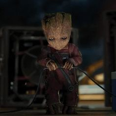 New GIF CREATED BY I AM THE VIDEOGRAPHERcute, adorable, look, cutie, drop, guardians of the galaxy, groot, baby groot, plug via JOMARDBLOG