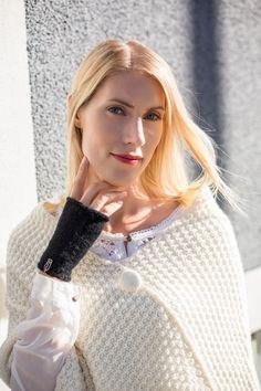 Sara K fingerless gloves, 100% alpaca wool www.ululai.fi