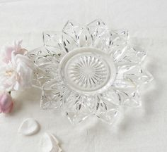 Medallion Clear Sandwich Glass Dish  Vintage by RosebudsOriginals, $9.95