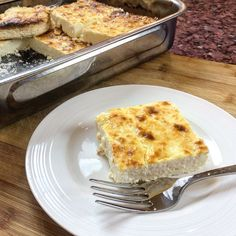 In this vid I show you how to make Greek tiropita without phyllo. Same great flavour except this is an easy low carb keto feta cheese pie recipe. Greek Cheese Pie, Cheese Pies, Pie Recipes, Low Carb Recipes, Cheese Pie Recipe, Grapefruit Diet, Tasty, Yummy Food, Low Carb Keto