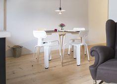 Sparondo I Jakob Gebert I 2003 I table II Pressed Chair I Harry Thaler I 2011 I seating I ©We Make Them Wonder