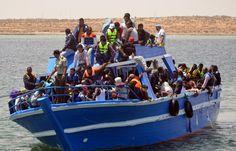 Dans un sondage réalisé par Viavoice pour Libération, la moitié des Français estime que le pays devrait accueillir moins de migrants.