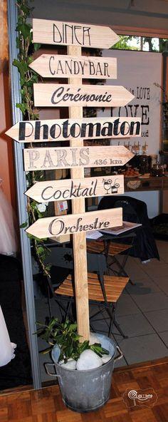 """Panneau direction """"Cocktail"""" pour un mariage original avec dessin"""