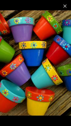 Mothers Day Crafts For Kids Discover Painted Flower Pots - Small Flower Pots - Kids Events - Succulent Planters - Seed Planting Party Flower Pot Art, Small Flower Pots, Clay Flower Pots, Flower Pot Crafts, Clay Pots, Cactus Flower, Painted Plant Pots, Painted Flower Pots, Clay Pot Projects