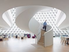 Now in its 12 year, (Inside) magazine has announced the winners of its 2014 Interior Design Excellence Awards (IDEA). The winners and nominees of the 12th annual awards have been celebrated in fine...