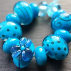 Lampwork glass 'Aloha' beads by Laura Sparling See this Instagram photo by @beadsbylaura • 81 likes