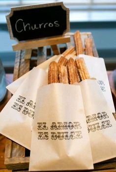 Churros Recipe Discover Love is sweet - El Amor Es Dulce Wedding Favor Bags. 20 bags These elegant favor bags come in Kraft of While Glassine Lined Paper Bags. El Amore Es Dulce is the perfect addition to your spanish theme Churros, Wedding Snacks, Wedding Favor Bags, Wedding Gifts, Wedding Catering, Wedding Appetizers, Wedding Venues, Wedding Invitations, Wedding Ceremony