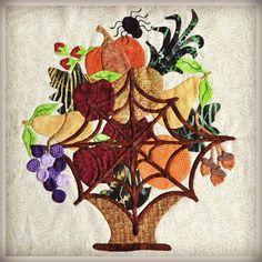 Baltimore Style Halloween Quilt (October 2012 Update) 2