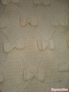 Here is a verbal description with Osinki. For a child of years old with a height of about 100 cm Crochet For Kids, Knit Crochet, Rubrics, Baby Knitting, Knitting Patterns, Blanket, Stars, Children, Coat