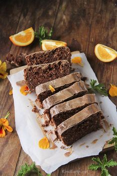 Chocolate Orange Gingerbread Cake – gluten-free, vegan and naturally sweetened – Kind Earth Vegan Baking Recipes, Vegan Dessert Recipes, Vegan Sweets, Vegetarian Recipes, Healthy Recipes, Vegan Meals, Healthy Desserts, Vegan Food, Cake Recipes