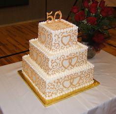 White chocolate, hand painted on buttercream iced cake Golden Anniversary Cake, 50th Anniversary Cakes, Anniversary Parties, Anniversary Ideas, Wedding Cake Pearls, Elegant Wedding Cakes, Bling Wedding, Wedding Flowers, 50th Wedding Anniversary Decorations