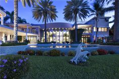 Check out this beautiful home in Boca Raton, FL #florida #floridastyle #floridalife #home #floridahomes