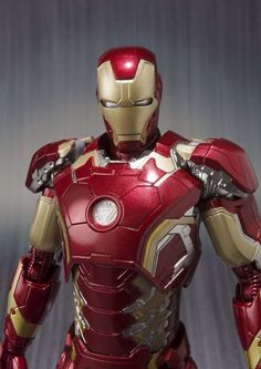 SH Figuarts - Avengers: Age of Ultron - Iron Man Mark 43