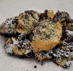 Mákos guba (öreg guba) – készült az OnLive© főzőiskola 50. adásában – Receptletöltés Guam, Stuffed Mushrooms, Sweets, Cookies, Chicken, Vegetables, Poppy, Food, Kuchen