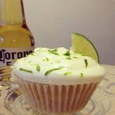 Sweet Tooth: Corona Cupcakes...I am in love with Corona Cupcakes!!! They are delish!!!!