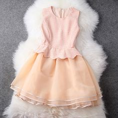 Fashion sleeveless princess dress
