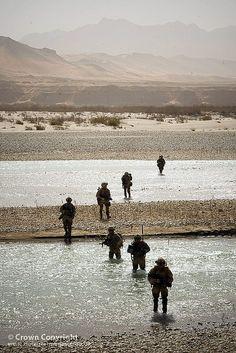 42 Cdo Royal Marines Patrol Crossing Afghan River by Defence Images, via Flickr