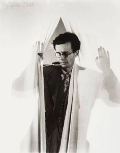"""Aldous Huxley portrait by Cecil Beaton Two years after the publication, and influenced by, Huxley's seminal book """"Brave New World. Aldous Huxley, Great Thinkers, Cecil Beaton, David Hockney, Famous Photographers, Try Harder, Bloomsbury, Make Art, Vintage Pictures"""