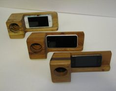 Acoustic iPhone Amplifier iPhone Speaker by WildmanProject