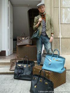 Gary Chung with his Bleu Jean Birkin, Gold Hardware and his other H's below. Hermes Birkin, Hermes Men, Hermes Bags, Hermes Handbags, Purses And Handbags, Birkin Bags, My Bags, Menswear, Louis Vuitton