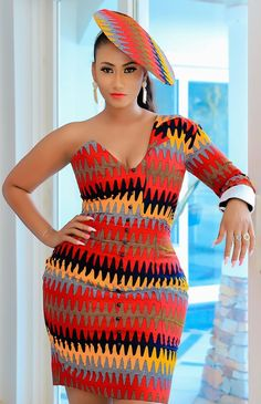 ankara mode Looking good should be something we trive for everyday. Here is a collection of beautiful Short African Dresses, Latest African Fashion Dresses, African Print Dresses, African Print Clothing, African Print Fashion, Africa Fashion, Ankara Mode, Fashion Models, Fashion Styles