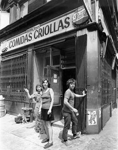 Tina Girouard, Carol Godden and Gordon Matta-Clark in front of Food , New York, 1971 - See more at: http://artobserved.com/2009/12/go-see-santiago-chile-gordon-matta-clark-at-museo-nacional-de-bellas-artes-nov-11-through-january-24-2009/#sthash.pi2qihbP.dpuf