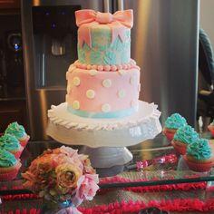 Baby shower cake - shabby chic - pink & aqua
