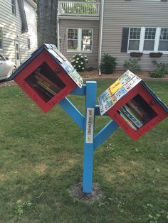 Start a Little Free Library! Little Free Library Plans, Little Free Libraries, Little Library, Mini Library, Library Books, Library Inspiration, Library Ideas, Old License Plates, Lending Library