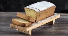 Κλασικό κέικ βανίλιας από τον Άκη Πετρετζίκη. Το πιο αφράτο, εύκολο και νόστιμο κέικ που έχετε δοκιμάσει ποτέ! Συνοδεύστε τον καφέ σας και θα ενθουσιαστείτε!