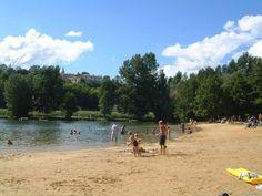 Aubeterre-sur-Dronne river beach