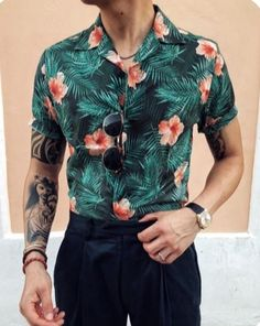 Shirt Style for Men Source Fashion Trend Source Blue Tropical Floral Print Source Men's Shirt Style Source Cool Hawaiian Shirt Source with Plaid Pants Floral Short Sleeve Casual Style for … Trendy Mens Fashion, Mens Fashion Blog, Fashion Shirts, Daily Fashion, Runway Fashion, Fashion Outfits, Cool Hawaiian Shirts, Hawaiian Print, Best Casual Outfits
