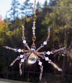 Mystic Topaz Sun Catcher - Beaded Crystal & Glass Spider Ornament - Graceful, Lavender and Violet Spider Decoration Mobiles, Beaded Crafts, Wire Crafts, Cd Crafts, Christmas Spider, Christmas Tree, Wire Spider, Spider Decorations, Beaded Spiders