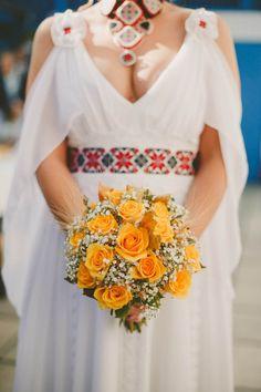 Mireasa | Nunta Românească Modernă Inspirată din Tradiţie | http://platferma.ro/nunta-romaneasca-moderna-inspirata-din-traditie/